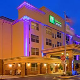Holiday Inn Express WOODBRIDGE Woodbridge 