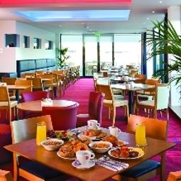Breakfast room Ramada Encore Derby Fotos