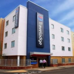 Exterior view TRAVELODGE BRACKNELL CENTRAL Fotos