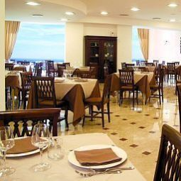 Breakfast room within restaurant Borgo San Rocco Resort Fotos