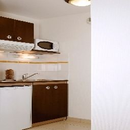 Cocina Appart City Le Port Marly Residence Hoteliere Fotos
