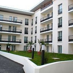 Vista exterior Appart City Le Port Marly Residence Hoteliere Fotos