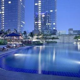 Pool Pacific Place The Residences at The Ritz-Carlton Jakarta Fotos