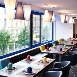 Sala colazione nel ristorante Park Inn by Radisson Luxembourg City Fotos