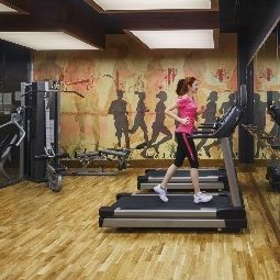 Fitness room Mvenpick Fotos