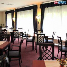 Breakfast room within restaurant Günnewig Bristol Fotos