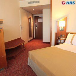 Room Holiday Inn MOENCHENGLADBACH Fotos