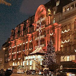 Exterior view Lausanne Palace and Spa Fotos