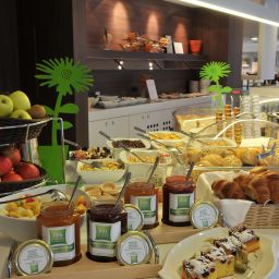 Buffet ibis Styles Linz (ex all seasons) Fotos