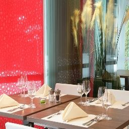 Breakfast room within restaurant ibis Styles Linz (ex all seasons) Fotos
