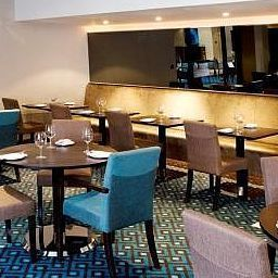 Restaurant Menzies Hotels London Gatwick Chequers Fotos