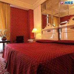 Room Regency Fotos