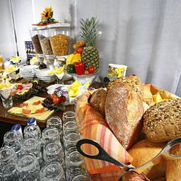 Buffet Prinzregent by Centro Basic Fotos
