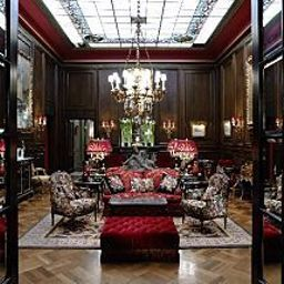 Hall Sacher Fotos