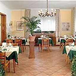 Breakfast room within restaurant Forstbacher Hof Fotos