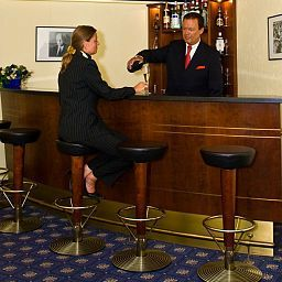 Bar Prsident Fotos