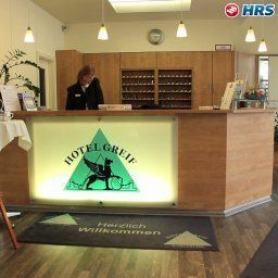 Reception Greif Stadt-gut-Hotel Fotos