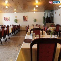 Salle du petit-djeuner situe dans le restaurant St. Pierre Fotos
