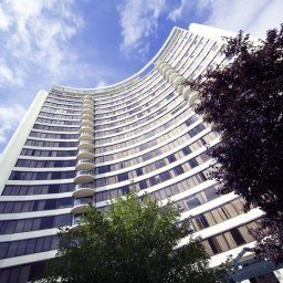 Außenansicht BreakFree Capital Tower Apartments Fotos