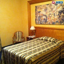 Room Plaza Fotos