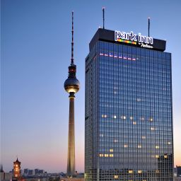 Vista exterior Park Inn by Radisson Alexanderplatz Fotos