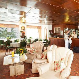 Hall Seehotel am Stausee Fotos
