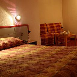 Room Le Forum INTER-HOTEL Fotos