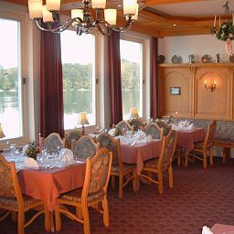 Breakfast room within restaurant Grauer Bär Seehotel Fotos