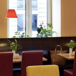 Breakfast room within restaurant ibis Hamburg Alster Centrum Fotos