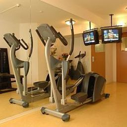 Wellness/fitness area Holiday Inn BERLIN CITY CTR E.PRENZL.ALLEE Fotos