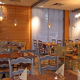 Breakfast room within restaurant ibis Erfurt Altstadt Fotos