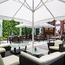 Terrasse Hilton Mainz City Fotos