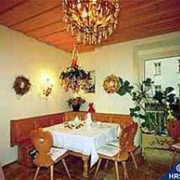 Breakfast room within restaurant Seibel Pension Fotos
