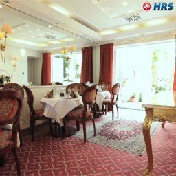 Breakfast room within restaurant Boulevard Fotos