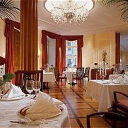 Breakfast room within restaurant Taschenbergpalais Kempinski Fotos