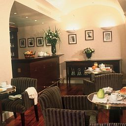 Breakfast room within restaurant Golden Tulip Washington Opera Fotos
