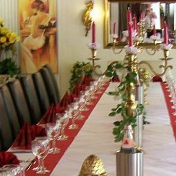 Banqueting hall Kmpgens Hof Fotos