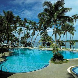 Бассейн Shangri La Fijian Resort and Spa Yanuca Fotos