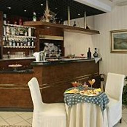 Bar Nettuno Ferrara B&B Hotel Fotos