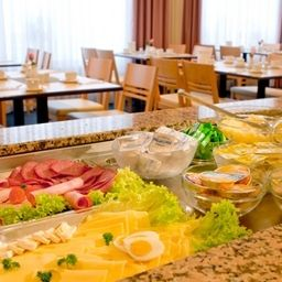 Buffet ACHAT Comfort Messe Fotos