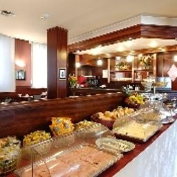 Buffet Astoria Residence P.I.U. HOTELS srl Fotos