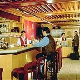 Bar AVUS an der Messe Fotos