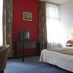 Room Merit Fotos