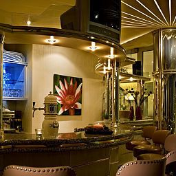 Bar Nordic Fotos