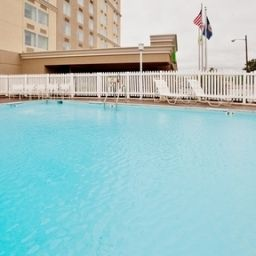 Pool Holiday Inn RICHMOND-I-64 WEST END Fotos