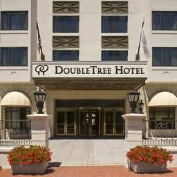Vista exterior DoubleTree by Hilton Washington DC Fotos