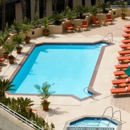 Pool Doubletree Guest Suites® Santa Monica Fotos