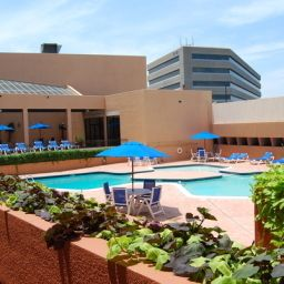 Pool Radisson Hotel & Suites Dallas-Love Field Fotos