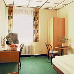 Room Stuttgart Nord Fotos