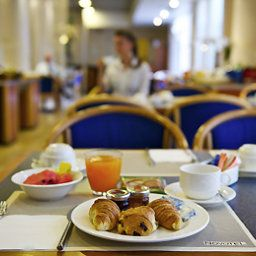 Breakfast room within restaurant Novotel Firenze Nord Aeroporto Fotos